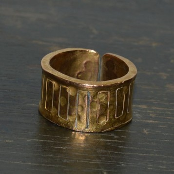 RING 001 FRONT