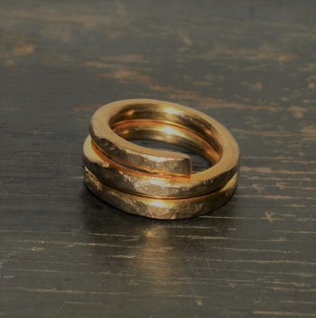 RING 002 FRONT