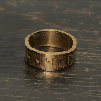 RING 010 FRONT