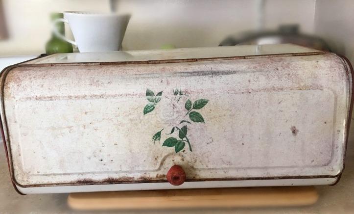 Vintage-Rusty-Bread-Box-Red