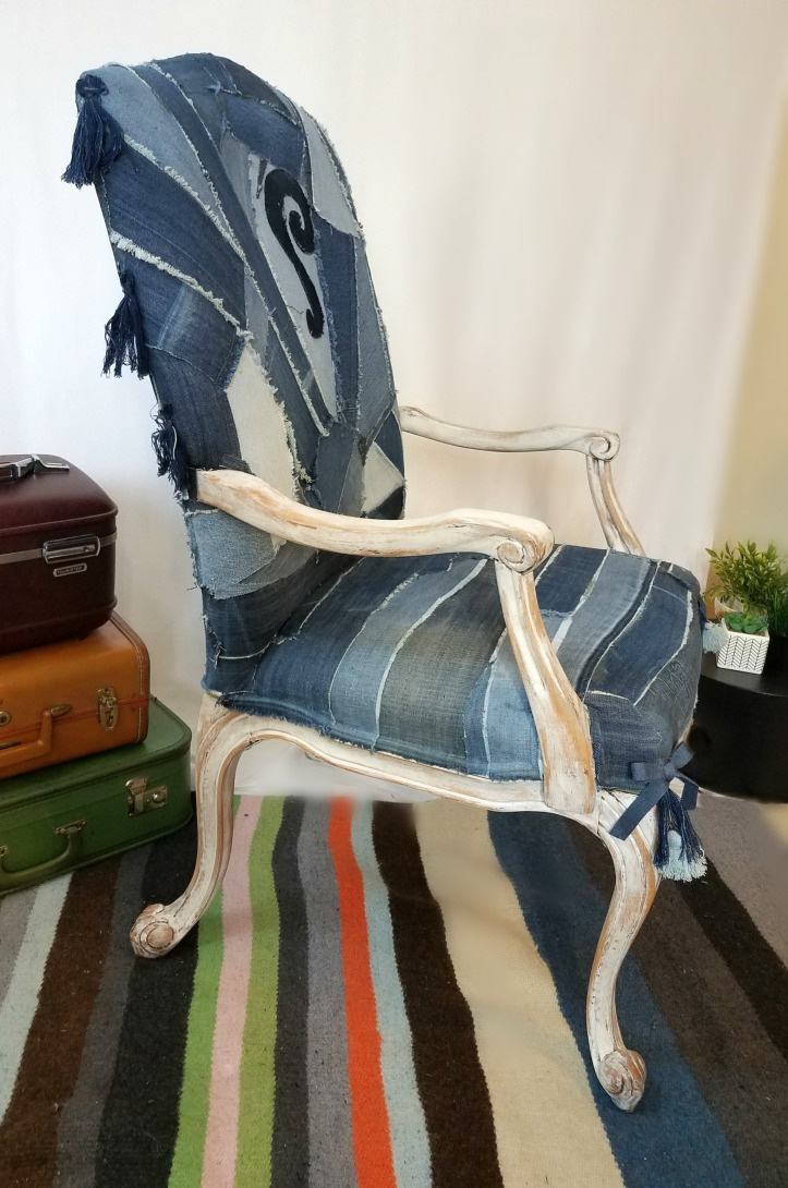 Jeans chair side